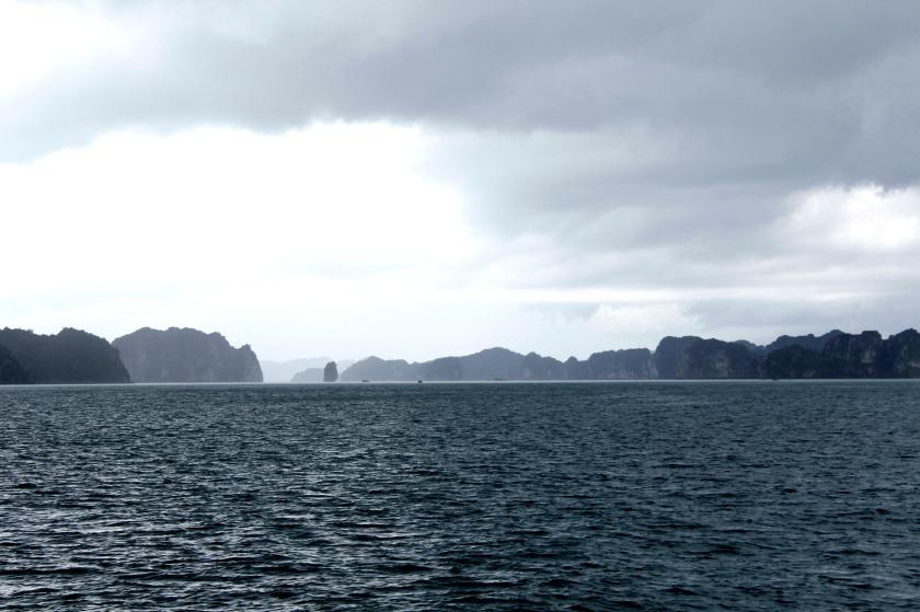 annika ziehen - junk cruise - halong bay - vietnam - cat ba island - midnightblueelephant -