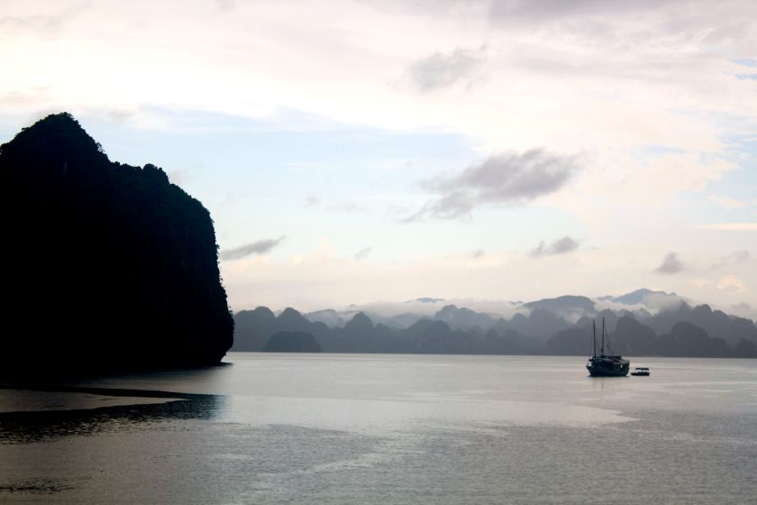 junk cruise - halong bay - vietnam - cat ba island - pearl farm - midnightblueelephant -